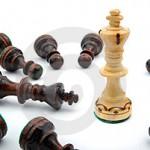 o-rei-branco-da-xadrez-bate-o-rei-preto-thumb8395963-150x150